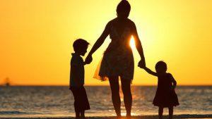 Boşanan Anne Çocuğuna Soyadını Verebilir